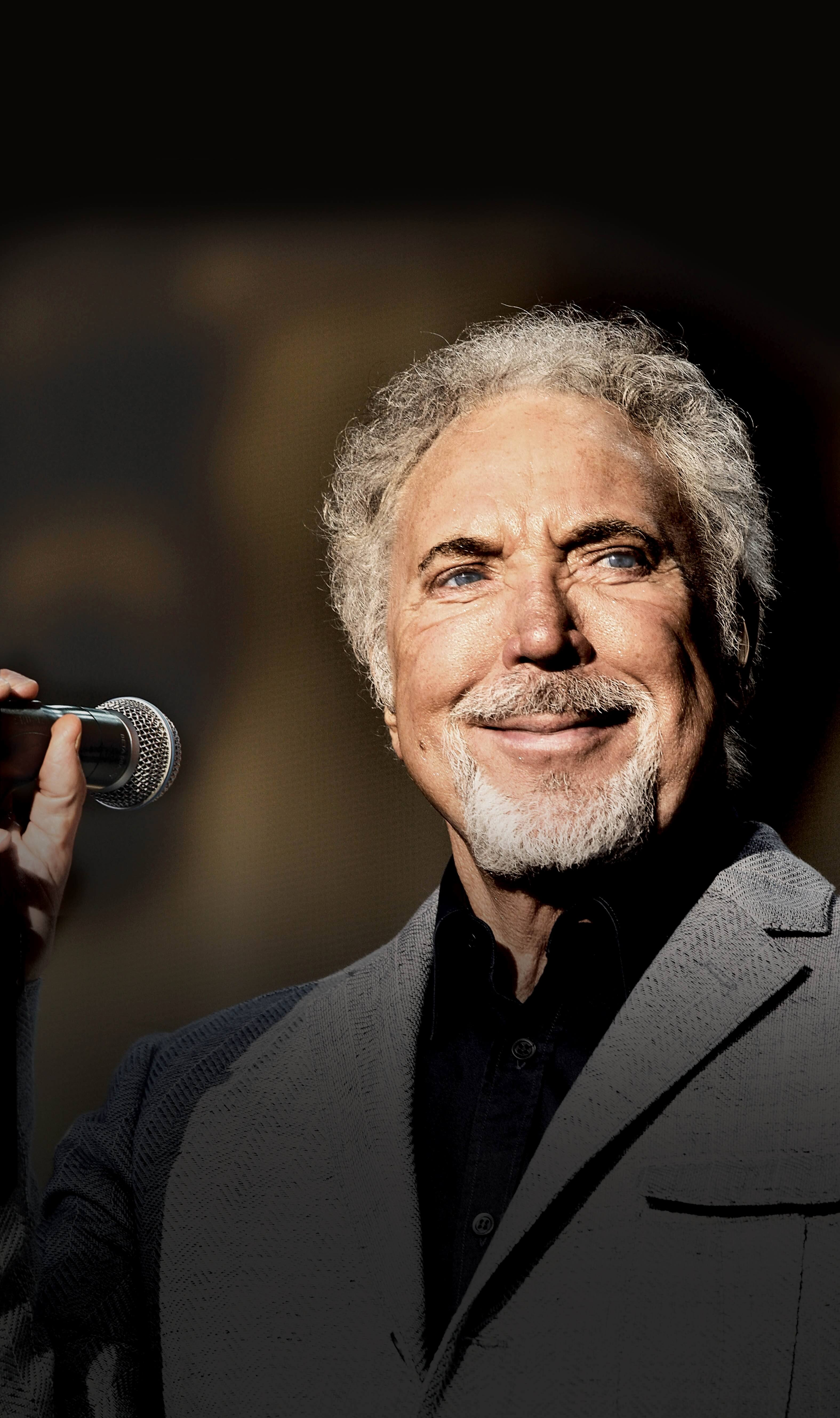 Tom Jones Performs at the Big Dome on April 2 - MNL Online